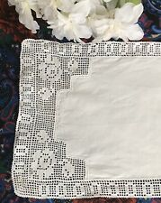 Roses Antique Victorian Hand Crochet Lace Runner White Linen Vintage