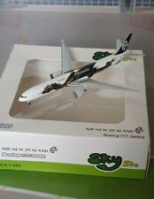 """Sky500 wie Herpa Wings 1:500 Air New Zealand Boeing 777-300ER """"Hobbit"""""""