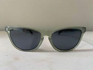 Oakley Frogskins LX Satin Olive Frame w/Grey Lenses Metal Hinge LX OO2043-11