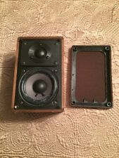 Radio Shack Realistic Minimus Speaker Cat No 40-2039C Walnut Veneer 1 Issue