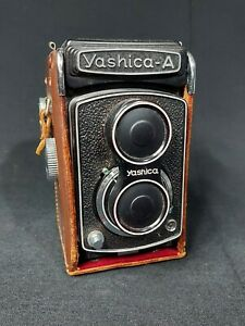 Yashica A Twin Lens Reflex Film Camera 120MM