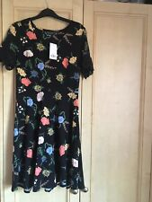New Dorothy Perkins Dress Size 12 Black with Flowers