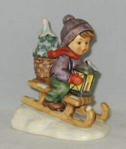 "Hummel Figurine ""RIDE INTO CHRISTMAS"" Hum 396 2/0 Trademark 6 / NO Box"