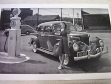 1939 DODGE NEXT TO SUNRAY GAS PUMPS  11 X 17  PHOTO   PICTURE