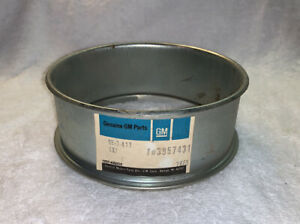 NOS GM 1969 Chevrolet Truck 20-30 Series Air Cleaner Spacer Extension 3957431