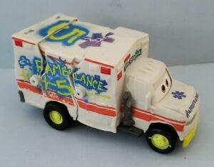 Rare Mattel Disney Cars Dr. Damage Crunch & Crash Rambulance Ambulance Toy 2017