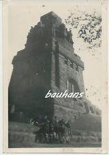 Photo peuples Bataille Monument pimpfe-Garçons-fhl.12 2.wk (i544)