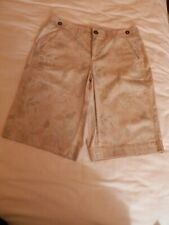 NWOT Kim Roger Bermuda Shorts, Cotton Blend,Beige with Flowers, Size 6