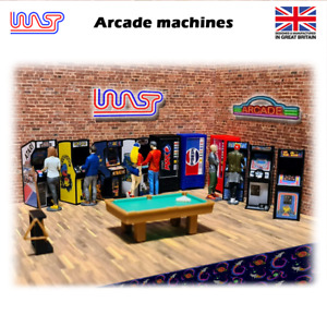 Arcade machines & player figures - WASP - 1/32 scale, scenery, bar, game, retro