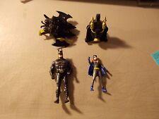 VINTAGE LOT OF 4 DC COMICS PIECES BATMAN BATGIRL AND  2 BACKPACKS