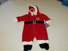 Carter's infant baby Christmas Newborn 28.00 hoody 1 piece Santa helper NEW ^^