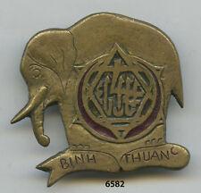 Insigne tirailleurs tunisie ns , 4  RTT. / BINH - THUAN , ( locale, matriculé )