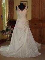 Pronovias Wedding Dress LETONIA Size 14 Ivory Brand New