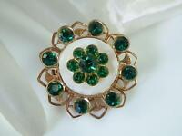 Very Pretty Vintage 1950s Mother Of Pearl & Green Rhinestone Brooch  888A4