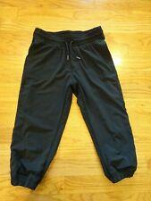 Girl's Ivivva Black Lined Capri Pants Size 8