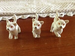Vintage Plastic Toy / Model Cats - Made in China M.E.G.-  3 White cats