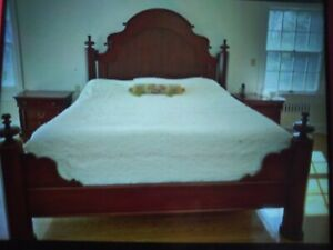GORGEOUS LEXINGTON FURNITURE KING BED VESTIGES OF THE PAST RARE