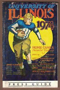 UNIVERSITY OF ILLINOIS 1974 FOOTBALL MEDIA GUIDE