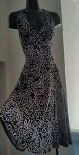 London Times Black Halter Dress w White Floral Design Sz 8/10