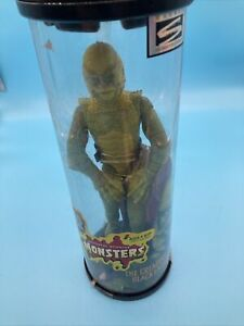 Universal Monsters Creature From The Black Lagoon With Rotating Stand New