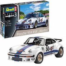 """REVELL Porsche 934 RSR """"Martini Racing"""" 1:24 Car Model Kit 07685"""
