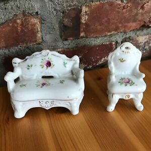 "3"" Miniature Set of Porcelain Couch & Chair Settee Vintage JAPAN God Red Flowers"