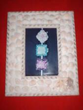 Cadre à poser garni de coquillages 20 X 25 cm hors tout pour photo de 14 X 9 cm