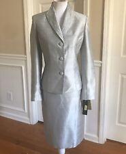 New KASPER Women 2 PC Gorgeous Silver Beaded Skirt Suit Size 8