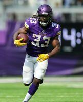 Dalvin Cook Minnesota Vikings UNSIGNED 8X10 Photo (B)