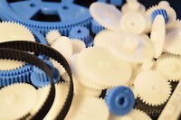 69-teiliges Zahnrad-Set + 2 Zahnriemen 132 96 Kunststoff, Zahnräder Modellbau RC