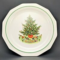 "Vintage Pfaltzgraff Christmas Heritage Stoneware Dinner Plate 10 3/8"" - retired"