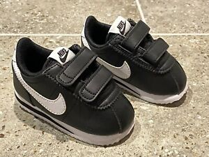Toddler Baby Boy Girl Unisex Size 4C 4 Child Nike Athletic Sneakers Shoes
