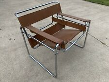 Cognac Wassily B3 chair by Marcel Breuer, Original Production Knoll Rare