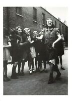 Postcard WW2 Picture Post Jan 1943 Are we planning a new deal for youth? CU1