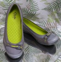 CLARKS GRAY LEATHER LOAFERS SLIP ONS MOCS WALKING COMFORT SHOES WOMENS SZ 7.5 M