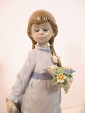 Lladro School Days Figurine Girl Flowers #7604 Box Vintage 1988 Collectors