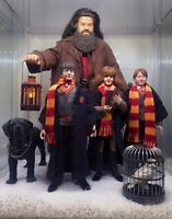 1/6 scale hand knitted Harry Potter Gryffindor scarf