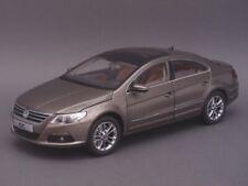 1/18 Paudi Volkswagen Magotan (Passat) CC 2011 - gold - 2258GL
