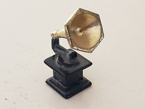 Vintage Doll House Gramophone /Phonograph Record Player