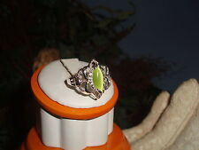 Sterling Silver Ladie's Beautiful Cat's Eye Fashion Ring Size 6.5