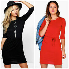 Boohoo Women's Round Neck Stretch Dresses