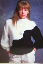 Ladies Jumper Knitting Pattern (BP10)