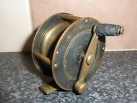 "VINTAGE BRASS 2 1/2"" FISHING REEL ON OFF/RATCHET GOOD CONDITION FOR AGE"