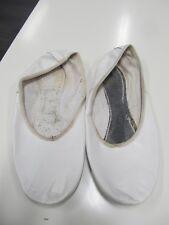 Turn,- Ballett,- Bauchtanz,- Gymnastikschuhe Schläppchen Gr. 38 weiß getragen