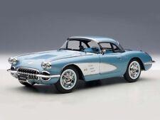 AUTOart Chevrolet Corvette 1958 Silverblue 1:18 71146