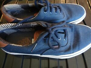 VANS classic navy blue with brown detail size UK 5 EUR 38.0