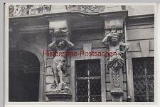 (f6777) ORIG. photo prague, praha, personnages poteaux balcon 1936