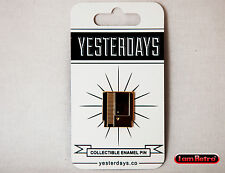 """Gold Cartridge NES 0.75"""" Soft Enamel Gold Plated Lapel Pin Yesterdays.Co"""