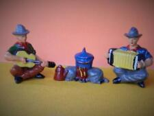 TIMPO TOYS LEAD COWBOY MUSICIANS PLAYING ACCORDIAN & GUITAR WITH CAMP FIRE