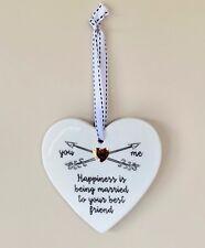 Todo lo que necesitas es amor en forma de Corazón Decoración Para Colgar De Cerámica Adorno Boda 3035